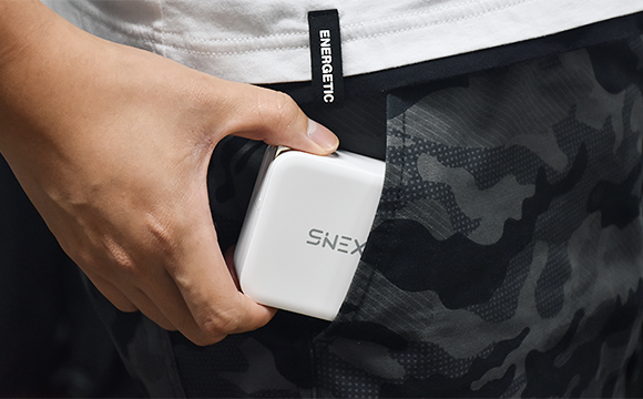 SINEX PD100W充電器 日本